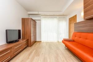 40 m² Dviviečiai apartamentai su terasa. I-as kotedžas, apartamentai Nr. 1 -
