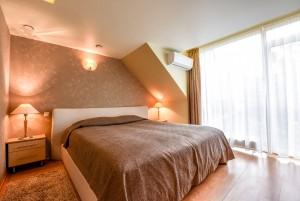 80 m² Appartement für 4 Personen mit 2 Schlafzimmern, einem Balkon und einem Kamin Nr. 2, Cottage Nr. 1 -