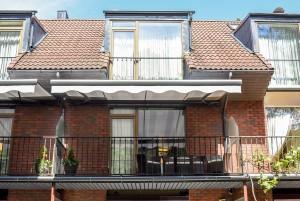 80 m² Keturviečiai apartamentai su 2 miegamaisiais, balkonu ir židiniu . II-as kotedžas, apartamentai Nr. 2 -